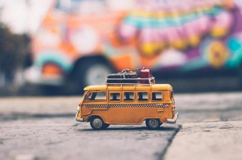 Ingin Transfer Untuk Staycation Karyawan Kantor Pakai Fitur Transfer Uang Gratis Aja